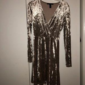 Dresses & Skirts - Champagne velvet dress!